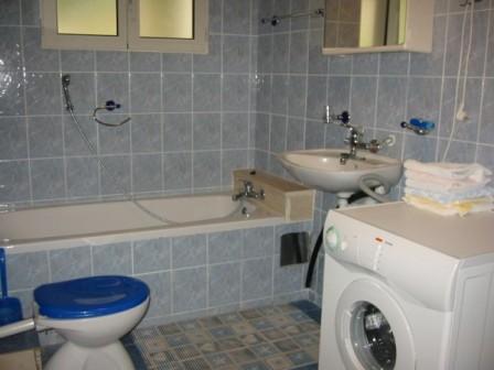 WC A4 (600 x 450)